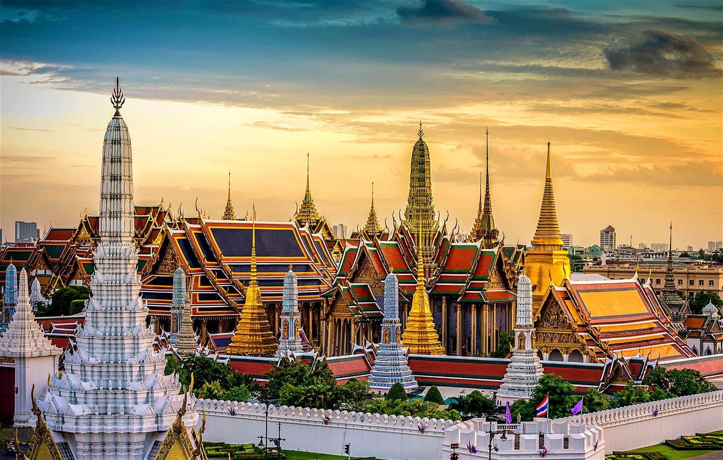 One of Bangkok view (source : Lonely Planet)