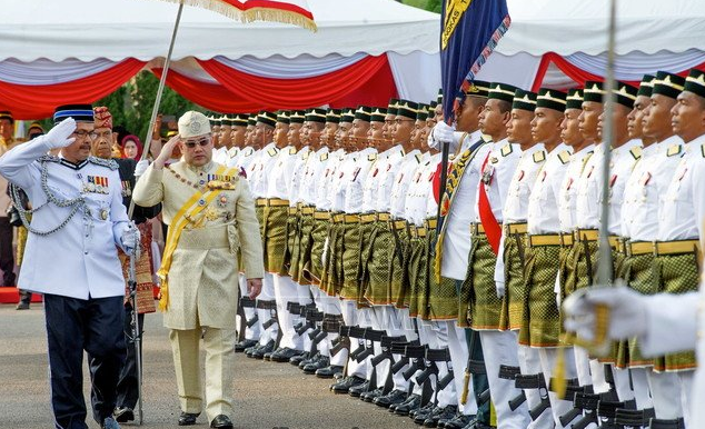Sultan Muhammad V departing Kelantan for the Malaysian capital on Tuesday morning. image: Bernama