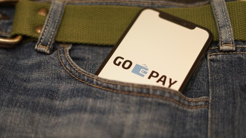 Gopay as the biggest e-wallet in Indonesia