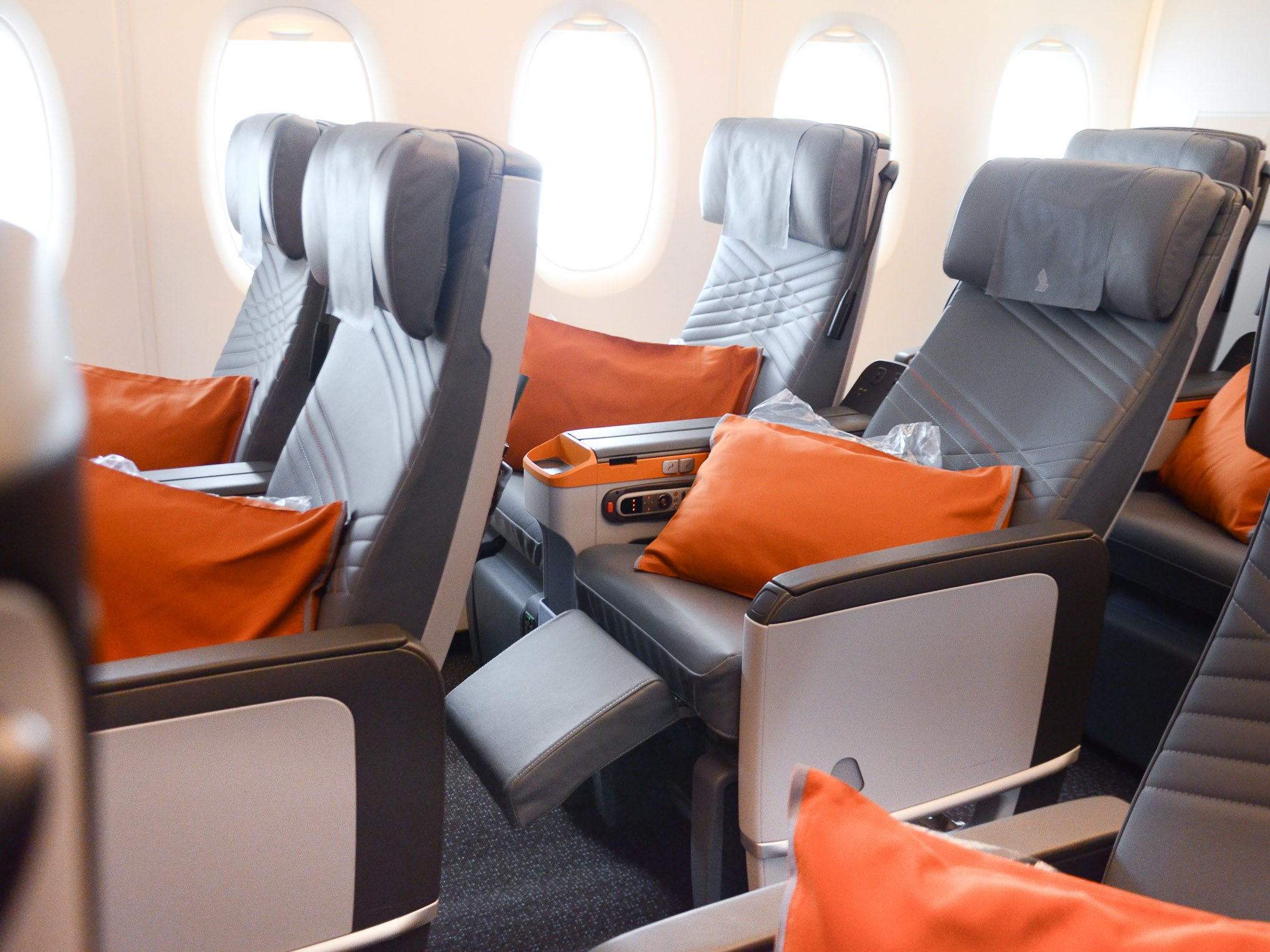 4 Airlines With The Most Leg Space In Premium Economy