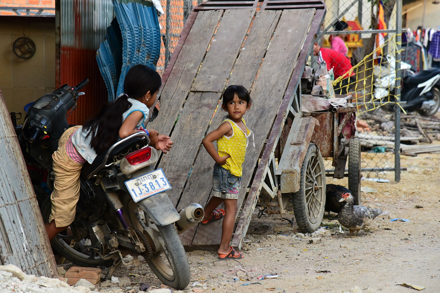 Many residents of Thmor Kol village were forced to move out without compensation.